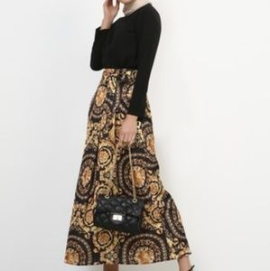 Beautiful skirt made in Turkey by Refka design